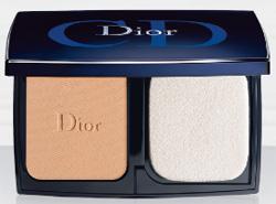 """Christian Dior Компактная крем-пудра """"Diorskin Forever Compact SPF 25"""" 10.0 г. № 010 (цвет: Ivory)."""