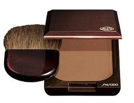"Shiseido Компактная пудра ""Shiseido Bronzer Pressed Powder"" № 01 (цвет: Светлый)."